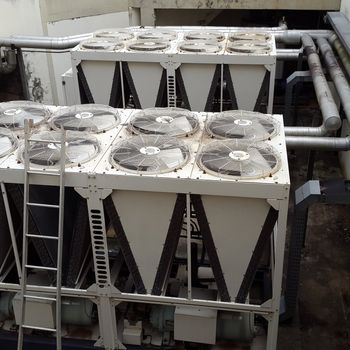 Sistema de agua gelada chiller