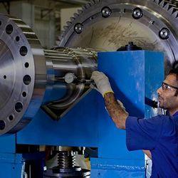 Manutenção preventiva de máquinas injetoras