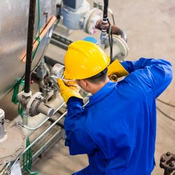 Manutenção em equipamentos industriais